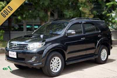 2011(mfd' 11) Toyota Fortuner 3.0 V A/T