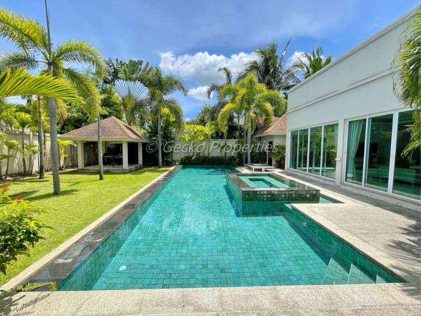3 bed 4 bath Pool Villa House for rent in East Pattaya