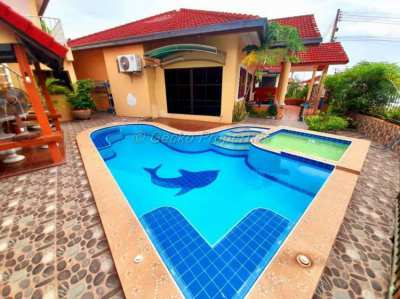 2 bed 3 bath with private pool House rent in East Pattaya