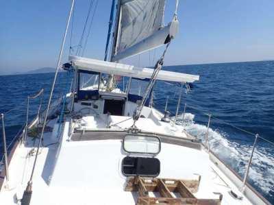 Classic Phoenix Phoenix 42 Center Cockpit liveaboard Sailing yacht
