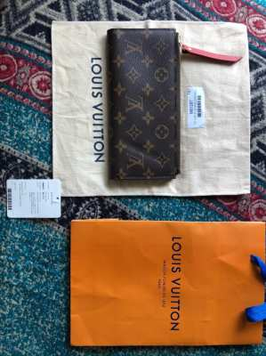 LV Original wallet (with documents)