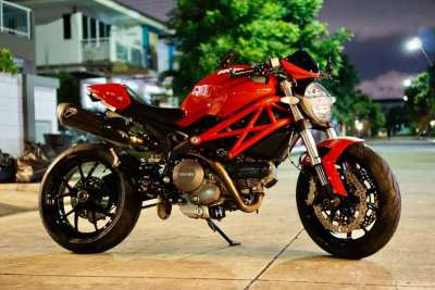 [ For Sale ] Ducati Monster 796 ABS 2014 with Accessories Only 12,xxx