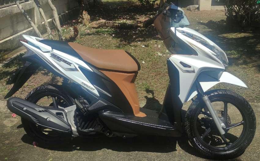 Honda Click 125i Tubeless - 5900kms, new Michelin tires, new battery