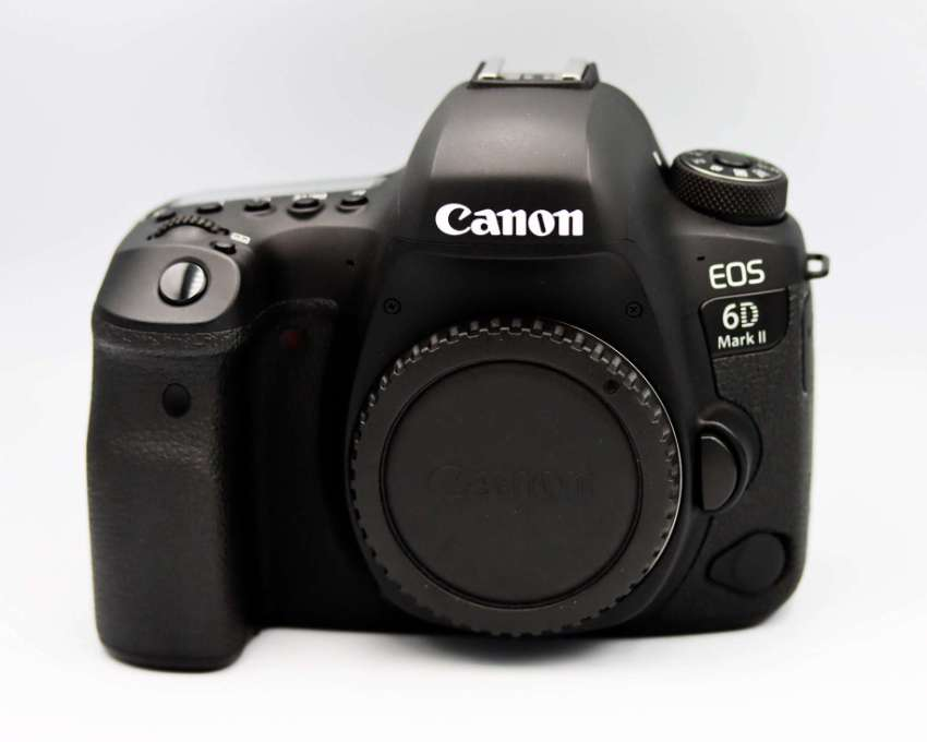 Canon EOS 6D Mark II Wi-Fi NFC Bluetooth GPS Full-Frame body in Box