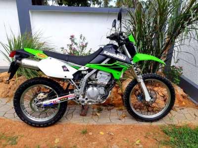 Kawasaki KLX 250 * best condition * complete rebuild