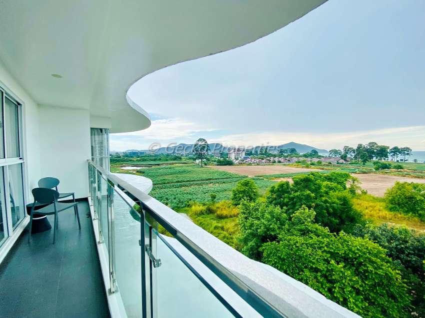 2 bed 1 bath Sea View Condo for rent in Bang Saray
