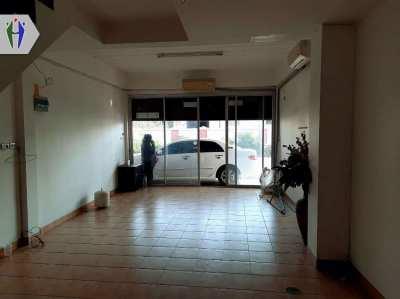Commercial buildings 2 Floor 2 Bedrooms