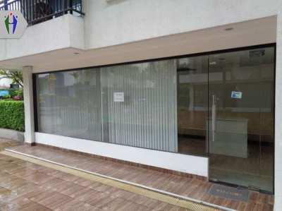 Shop For Rent Under the Condominium South Pattaya