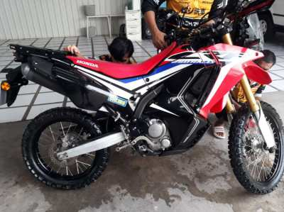 JUST REDUCED BY 10K,NO OFFERS,33000.baht extras 2017 crf rally 250 rl