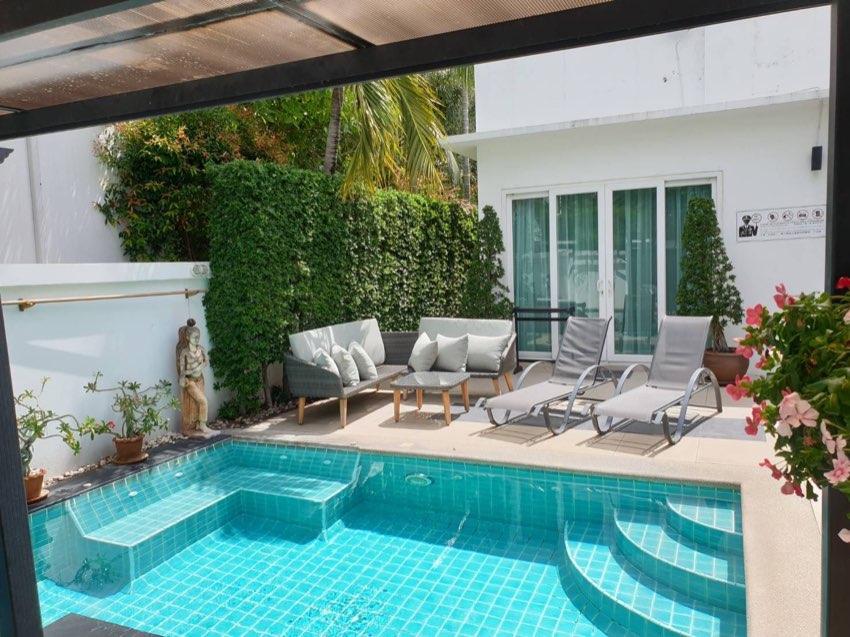 4 Bedroom Modern Pool Villa For Sale !