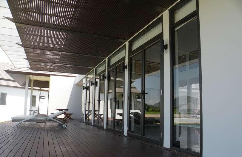 Auction Alert: Spectacular Phuket Golf Villa in Foreclosure