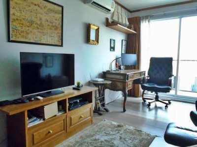 1-Bedroom Condo at CBD Asok Near NIST International School