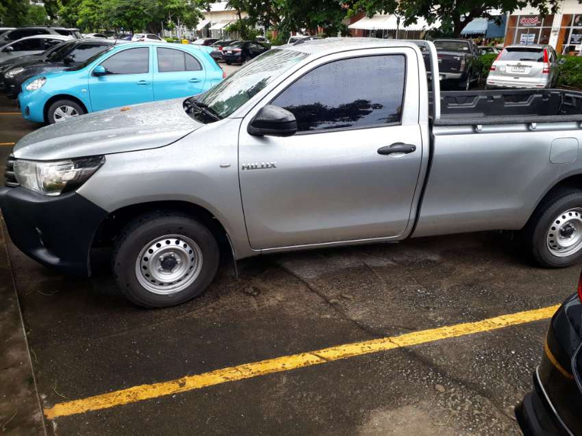 lowest price toyota hilux revo in thailand,leaving thailand