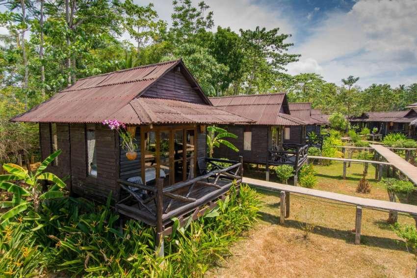 Beautiful 24 Room Gardeenen Rosort Koh Lanta Yai, Krabi