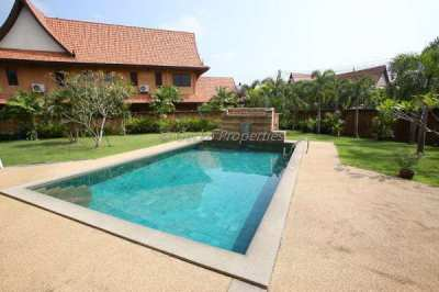 4 bed 5 bath Private Pool House for rent in East Pattaya