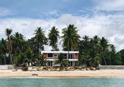Beautiful Beachfront House