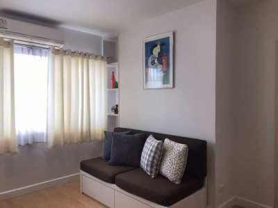 Furnished 1 bed/1bath in great area.