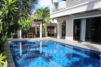 Pool Villa 3 bed 4 bath House for rent in east Pattaya