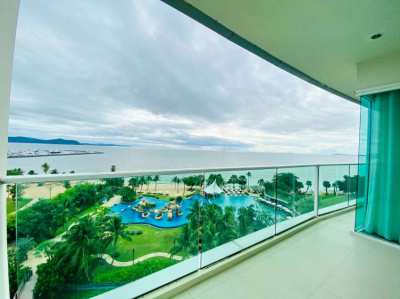 1 bed 2 bath Beach front Condo for rent in Na-Jomtien