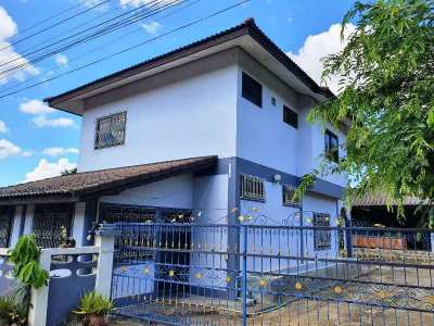 2 single houses for sale not far from airport 290 SWQ only 4.9 mils