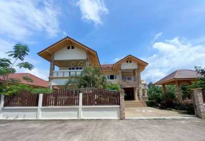 6 bed 6 bath House for sale in East Pattaya
