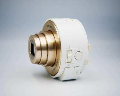 Sony Cyber-shot DSC-QX10, G lens NFC Wi-Fi Lens-Style Gold Camera QX10