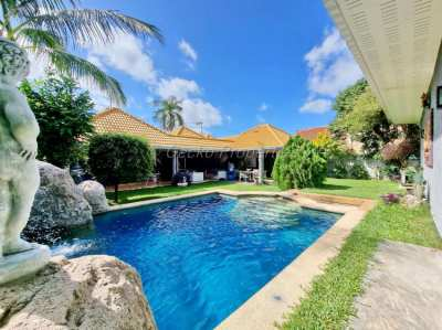 4 bed 5 bath Pool Villa House for sale in East Pattaya