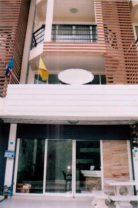 Commercial Home Office / House For Sale Townhouse Koh Samui