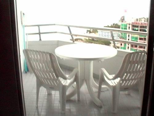 Markland Condos Beach Frnt Sea View Balcony 3000000 finance also avail